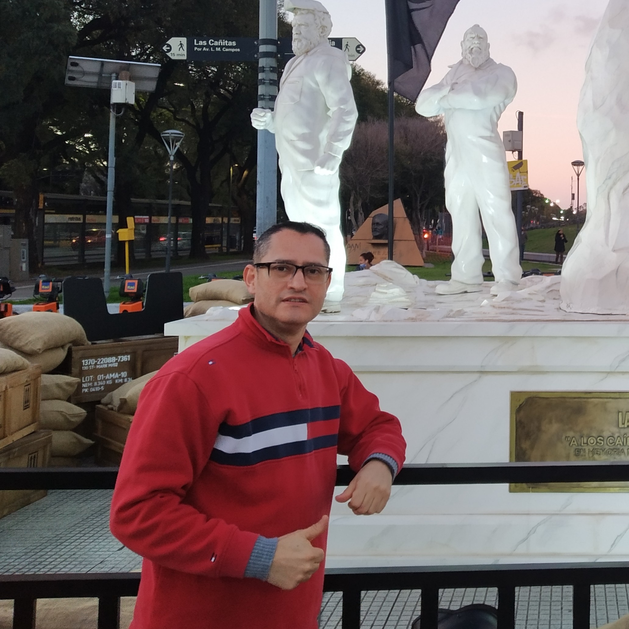 Eduardo Paseadores de Perros en Almagro