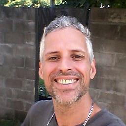 Oscar Facundo Paseadores de Perros en Ituzaingó (BA)